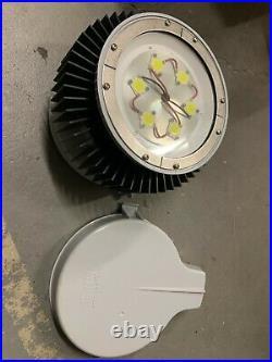 Cooper Crouse-Hinds CHAMP Series LED Light VMV7LDM2/UNV1
