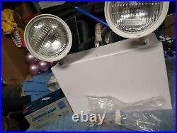 Cooper Lighting2 Heads, 120/277 VAC, Steel, Incandescent Emergency Lighting Unit