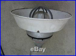 Crouse-Hinds EVA292 Medium-Base Pendant Luminaire Lighting w Reflector, Used