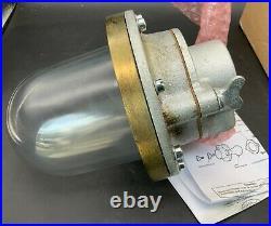 Crouse-Hinds V160 Observation Light Fixture 1/2, New