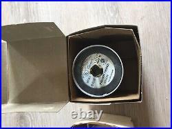 DUSK to DAWN Barn LIGHT 175W 120V Mercury Vapor Lamp VINTAGE Norelco Philips NEW