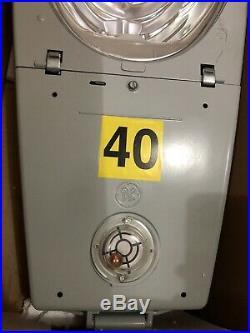 GE M-400A Light Roadway Fixture Street Luminaire HPS 400 W 480 Volt