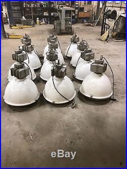 Hubbell 250W Metal Halide High Hi Low Lo Bay Light Fixture Industrial Warehouse