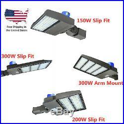 LED Flood Lights 150w 200w 300w Outdoor Parking Lot Street Light Fixtures 5500K