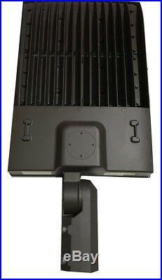 LED Parking Lot Light Slip Fitter Mount Outdoor Lights 300W 5000K UL DLC 480V