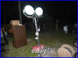 Magnum Portable Light Tower Job Site MPL 2000 floodlights metal halide