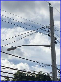 Street Light Arm, Roadway Luminaire Arm, Utility Pole Light Arm