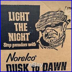 Vintage Norelco DUSK To DAWN LIGHT 175W 120V Mercury Vapor Lamp NEW SEALED
